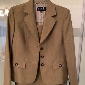Evan Picone Suit Size 8